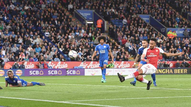 Aubameyang scores for Arsenal agaisnt Leicester City
